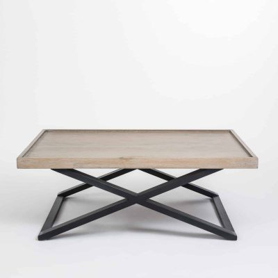 Rectangular coffee table, aged oak and oak veneer, crossed black metal legs, visible grain
